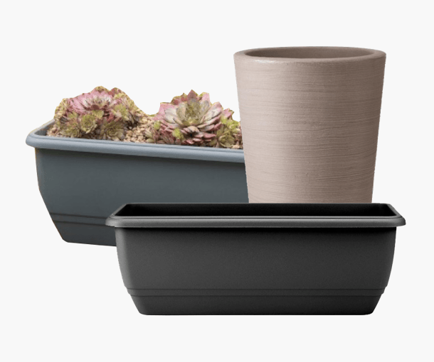 Plastic Pots & Containers