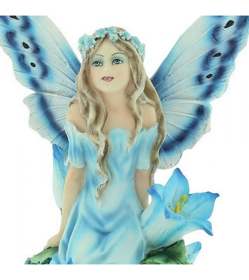 Bluebell fairy detail